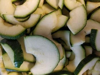 Zucchini halvmåne